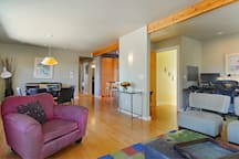 Additional view of open plan apartment.