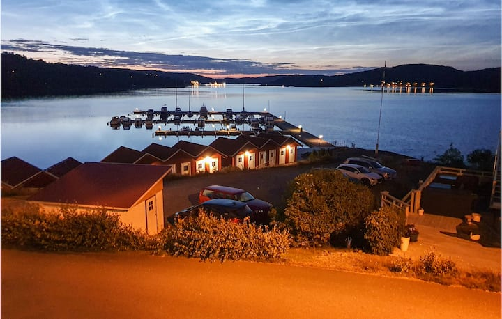Holiday apartment with 2 bedrooms on 100m² in Svanesund