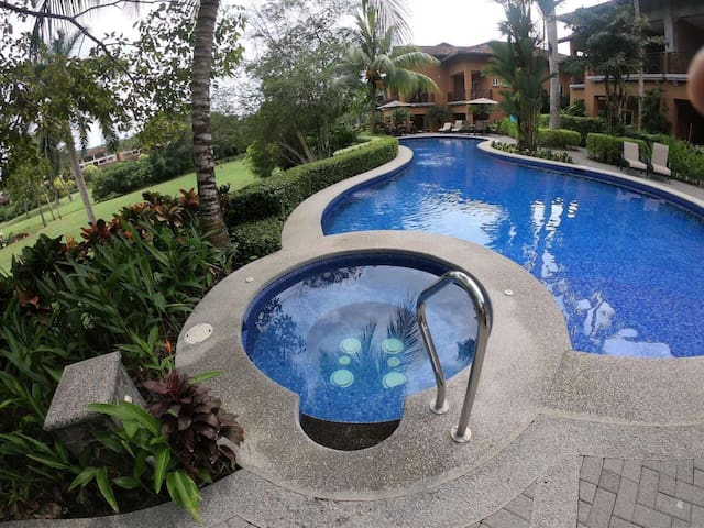 Luxury 1 Room Apartment in Los Sueños