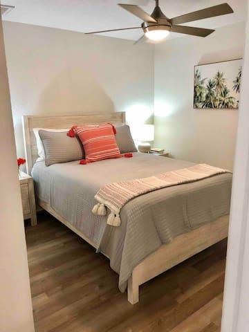 Queen pillow-top brand new mattress and bedding