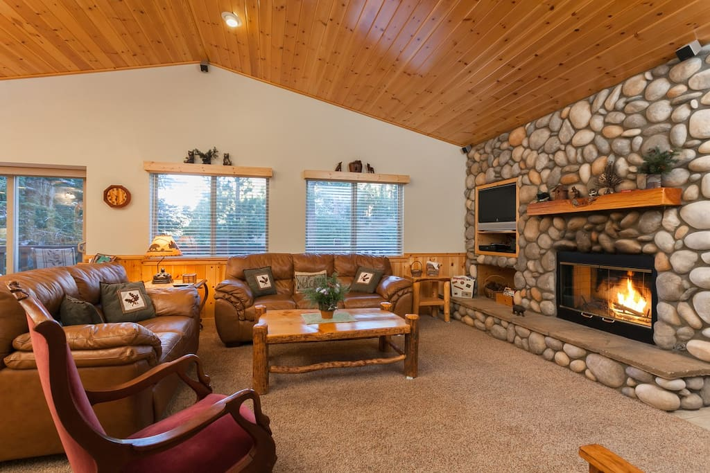Very comfortable area to relax. Charter Cable, Wifi, Log Burning Fireplace.Beautiful High T&G Ceilings.