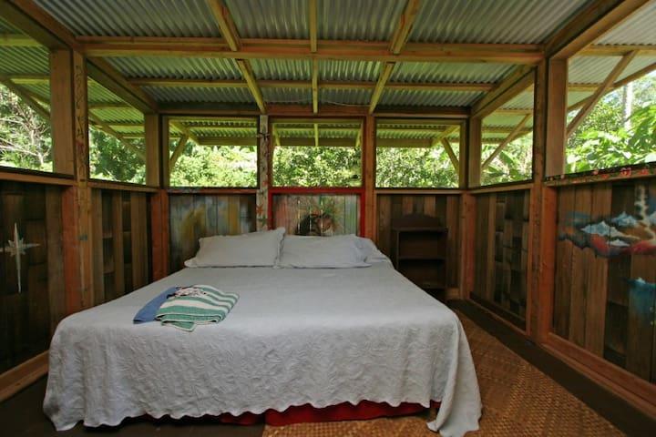Adventure Cottage-Nemaste - 파호아의 통나무집에서 살아보기, 하와이 ...