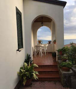 Wonderful Mansion: near the sea - Villammare