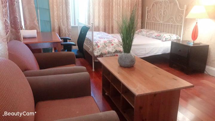 walnut一楼独立别墅雅房,共用卫浴,生活便利,免费停车,免费wifi