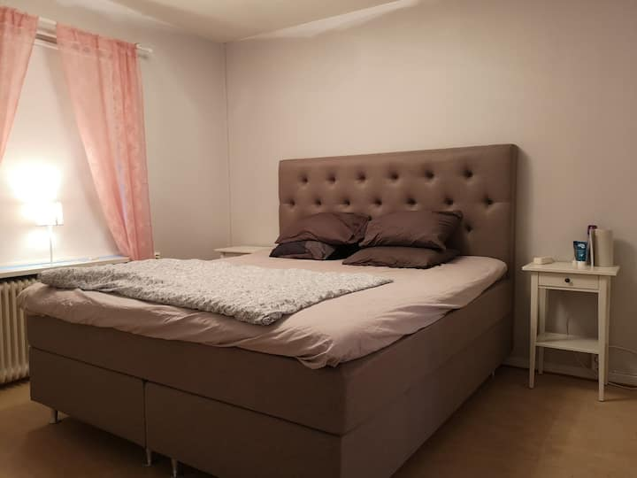 Double bed room in a shared apartment