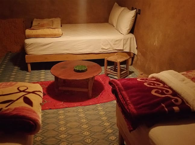 4 People Bedroom - Authentic Saharan Guesthouse - Mhamid - Guesthouse