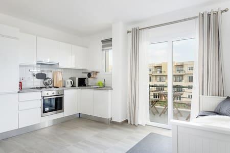 Relax Studio apartment  306B, Northern Cyprus - Famagusta - 酒店式公寓