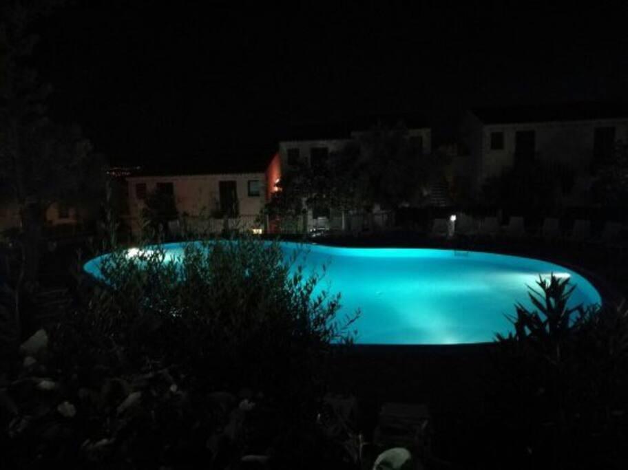 Bilocale in residence con piscina comunitaria - Residence con piscina sardegna ...