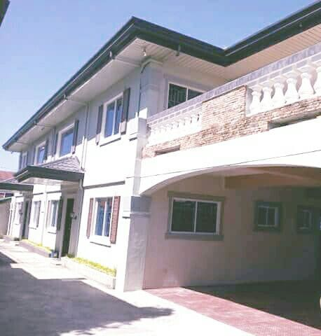 4-bedroom house in Tagaytay City PH - Tagaytay City - Rumah