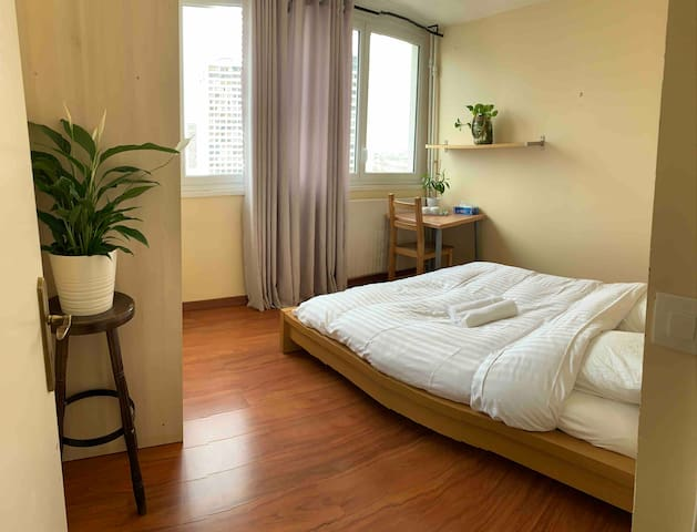 Nice room in the centre  Paris