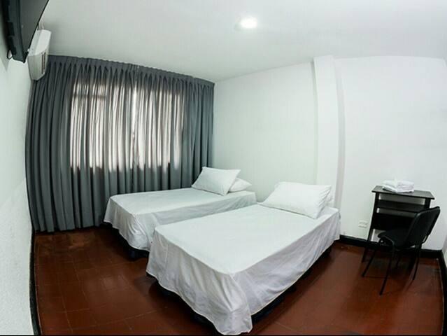 Habitaciones amobladas - Villavicencio - Byt