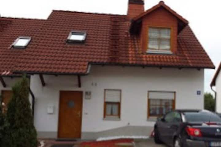 Villa Mahnberg - Ferienwohnung