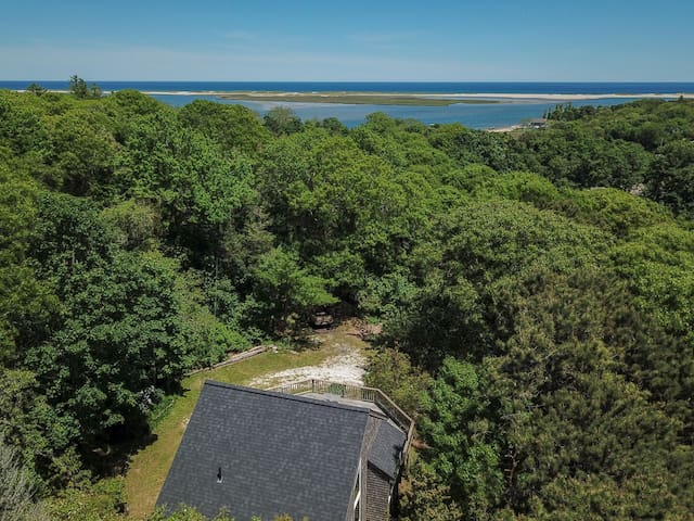 #527: Deeded Beach Access, Walk to Water, Large Deck, Private Location!
