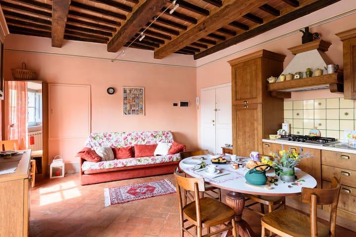 Casa Clara Cortona (Phone number hidden by Airbnb)