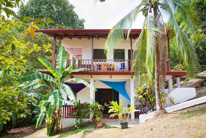 Zen Condo in the Heart of Manuel Antonio - Manuel Antonio - Condominium