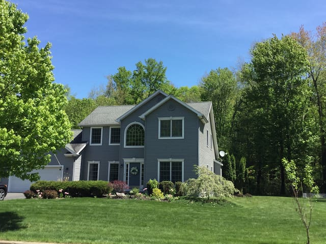 Beautiful family home in Saratoga Springs