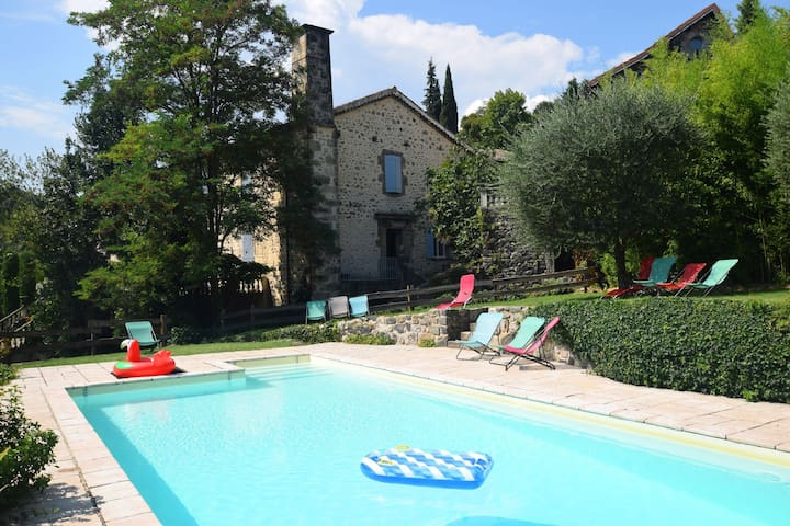 Apartment in old estate in Ardeche with swimming pool and immense garden