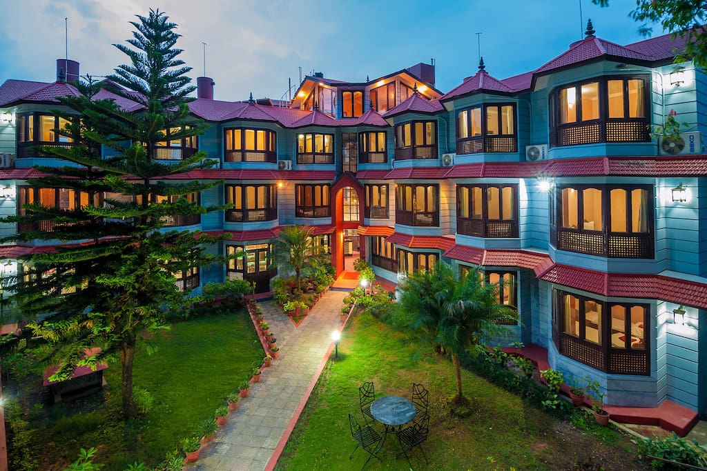 Hotel Candle Inn Lakeside Pokhara Bed And Breakfasts For Rent In Pokhara Mid Western