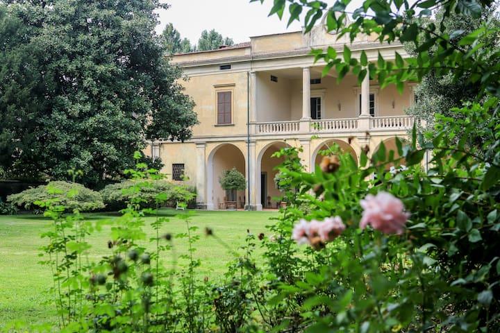 Villa Longo: fascino...per 4  - Faverzano - Villa