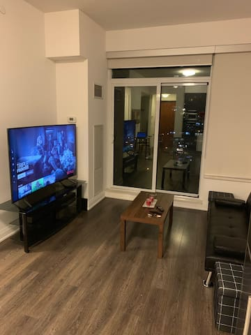 Executive fully furnished suite in Toronto