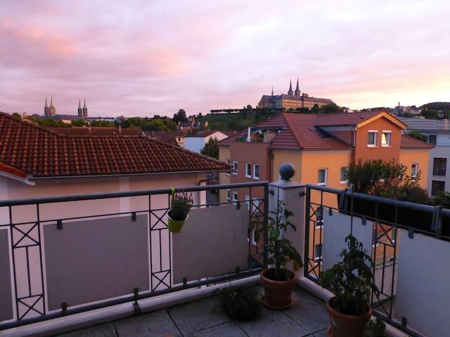 Wunderschönes Zimmer Innenstadt Blick Dom - Bamberg - Leilighet