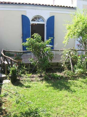 Location Meublé tout confort - Tonnay-Charente