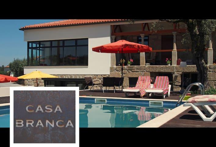 Casa Branca Oliveira - Covas - Leilighet