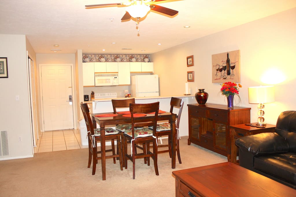 Full kitchen - Dining Area - Living Room with HD TV and WiFi