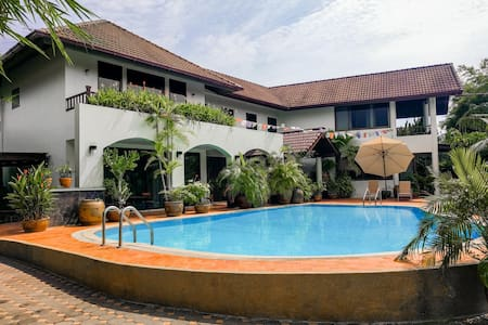 Villa Volpi B&B / Near Airport - Tambon Bang Chalong - Casa