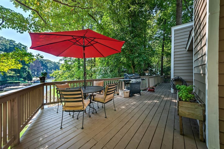 This Lake Norman vacation rental home sits right on the water!