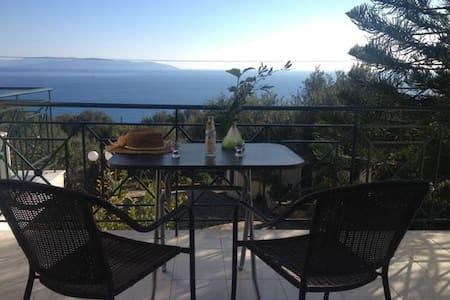 Kefalonia Cottage -For 4- Sea View - Vlachata - Hus