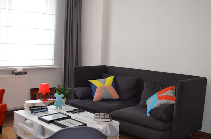70m2 nicely furnished flat - Woluwe-Saint-Lambert - Apartemen