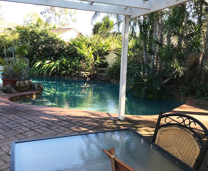 Lovely one bedroom flat in Bayside Manly West