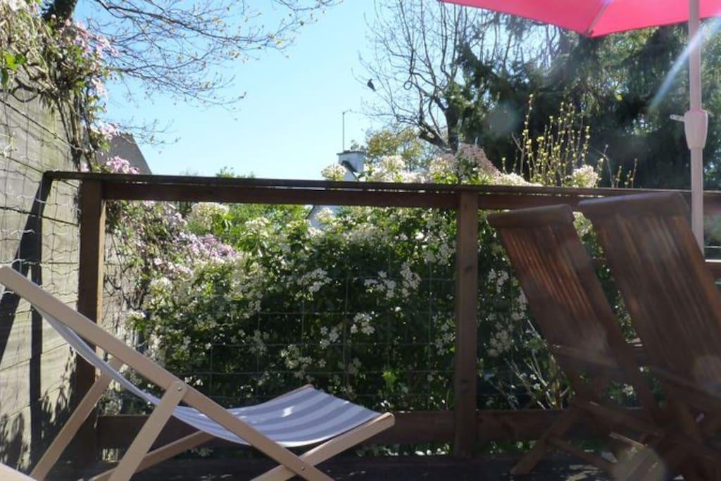 Terrasse en bois, idéale pour le farniente