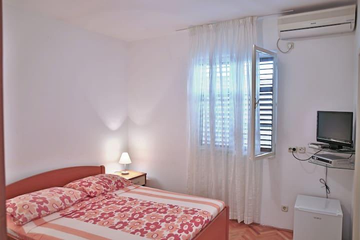 Dubrovnik Simply & Cozy Room No.3