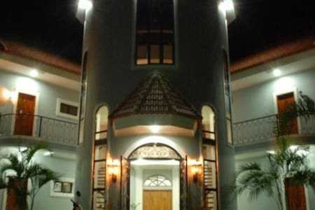 Castillito de Banga Lodge Room 1 - Banga