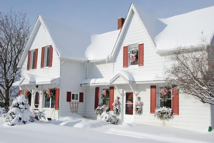 Country Inn in Winter Wonderland  with 5*****
