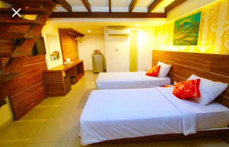 Seminyak Side for Family Unit Room Only + 4 People