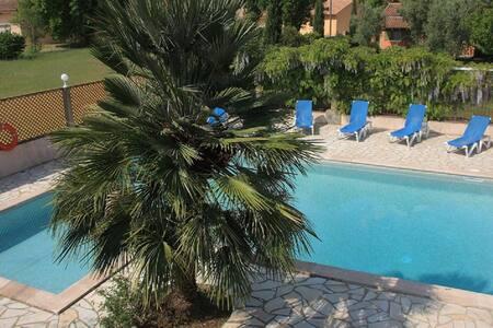 APPART N° 9 - 3 PERS AVEC PISCINE - Sorbo-Ocagnano