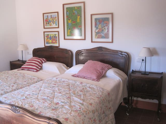 ROOM IN A PRIVATE HOUSE - Almàssera - Penzion (B&B)