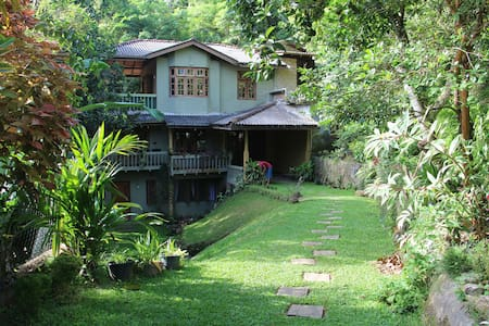 Kadugannawa Homestay, Kandy. Double Bed Room.