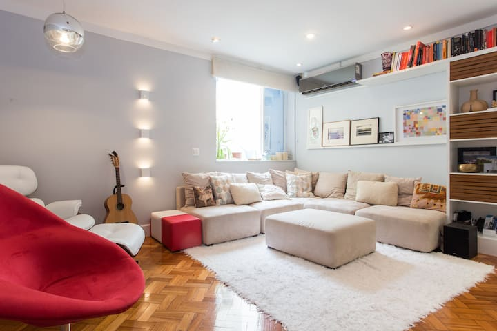 Amazing apartment near copacabana beach (leme)