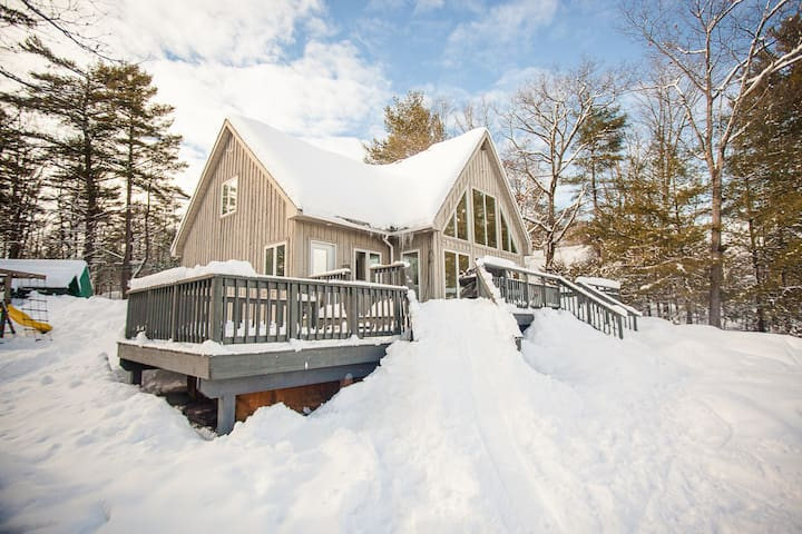 4 Seasons Comfort at Tea Lake - Coldwater - Cottage