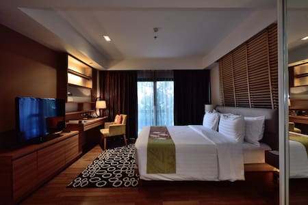1BR Garden Suite @ Summit Windmill - Bangkok
