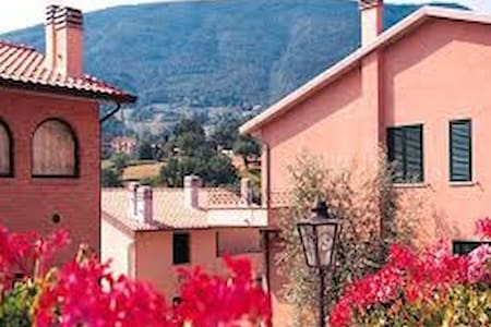 Assisi living club