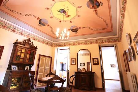 Appartamento d'epoca - Olivastri