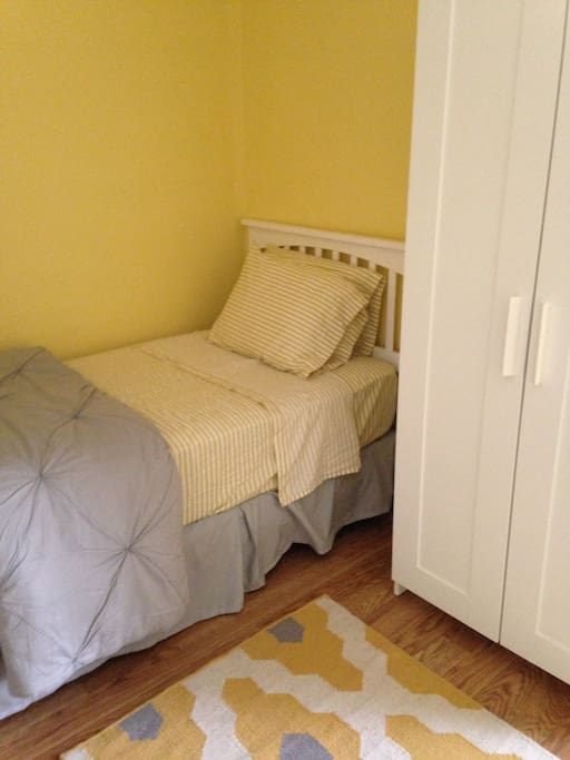 Yellow Bedroom Two Twins