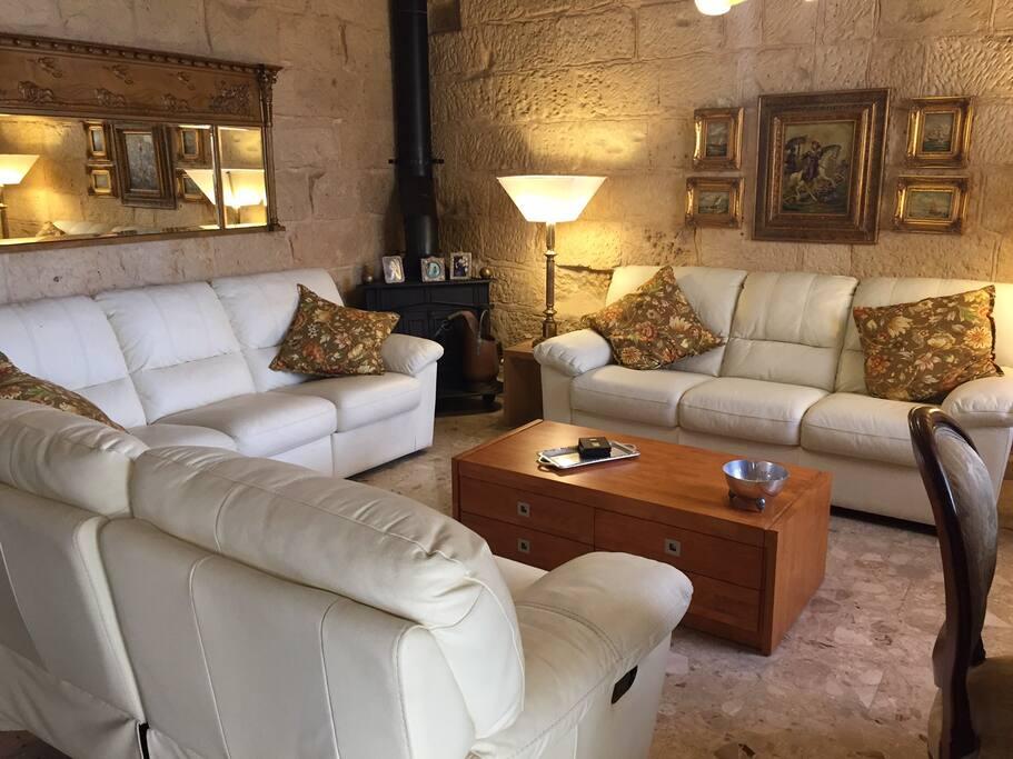 Big lounge with comfy sofas