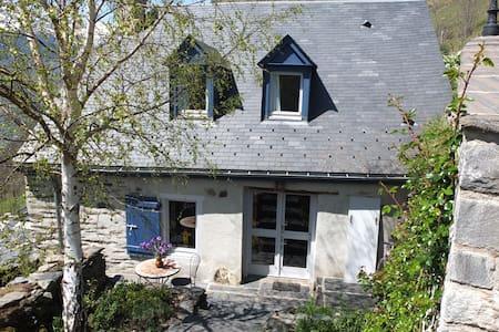 Maison de montagne avec superbe vue 6 personnes - Sers - 一軒家