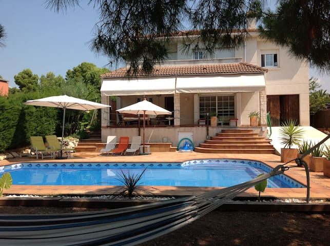 Villa with swimming pool - Calafell - Casa